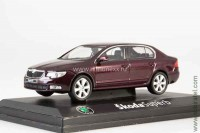 Skoda Superb II 2008 (rosso brunello metallic)
