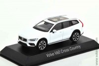 Volvo V60 Cross Country 2019 crystal white, Norev 1:43