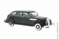 Chrysler Airflow sedan 1936 black